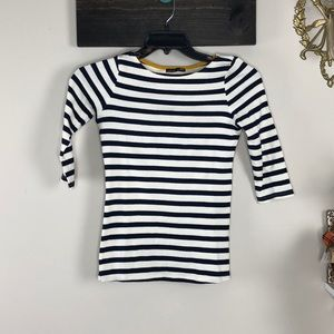 Striped elbow sleeve tee